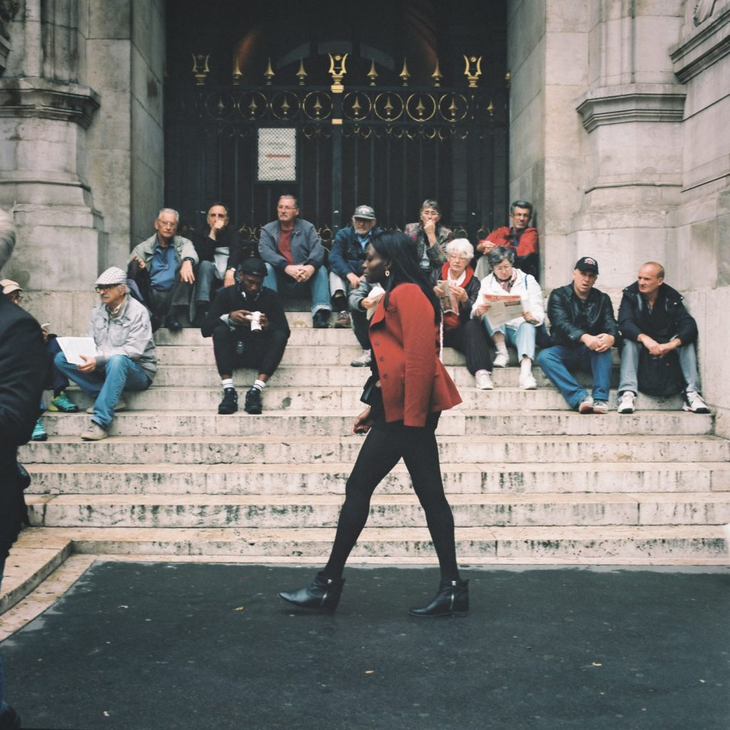 report_Paris_Fashion_Week_off_streetphotographer_guillaumedassonville_1